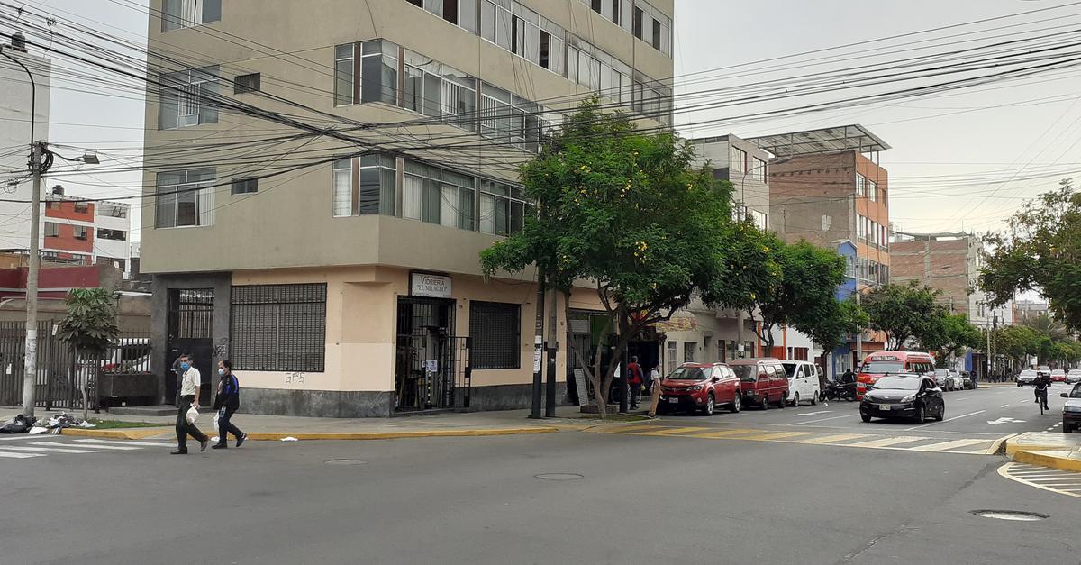 Foto Local en Alquiler |  en  Lince,  Lima  Avenida José Leal esquina con Zela