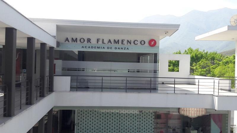 Foto Local en Renta en  Lomas de Valle Alto,  Monterrey   LOCAL EN RENTA EN PRIMER PISO EN PLAZA VALLE ALTO 200 (VSC)