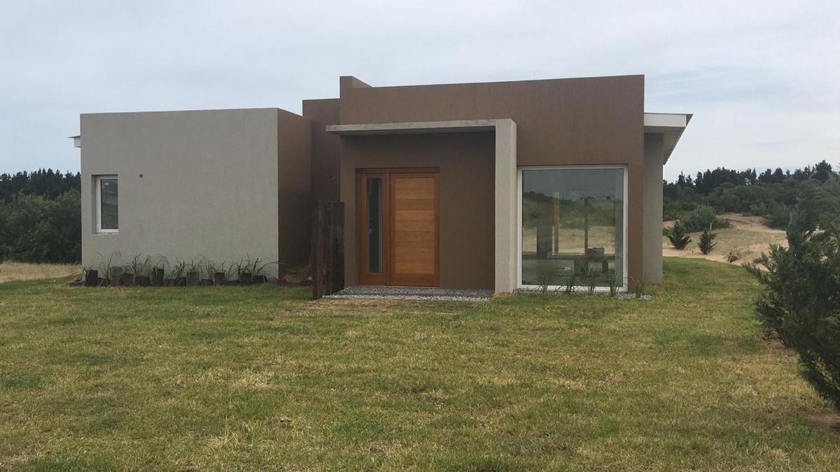 Foto Casa en Alquiler temporario en  Costa Esmeralda,  Punta Medanos  Senderos IV al 400