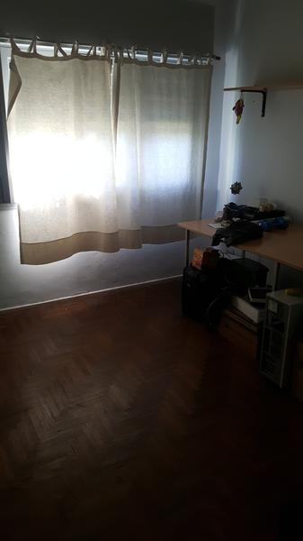 Foto Casa en Venta en  Remedios De Escalada,  Lanus  SCALABRINI ORTIZ al 400