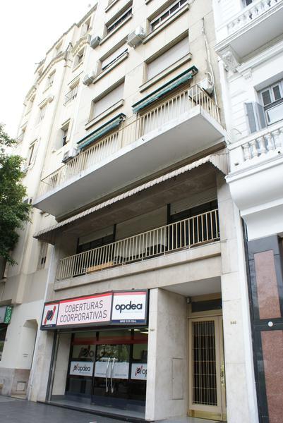 Foto Oficina en Venta en  San Telmo ,  Capital Federal  Bernardo de Irigoyen al 500