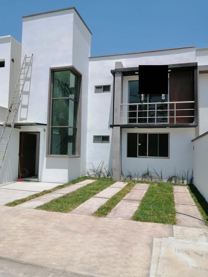 Foto Casa en Venta en  La Trinidad,  Coatepec  Casa en venta en Coatepec Veracruz Fraccionamiento Privado La Trinidad