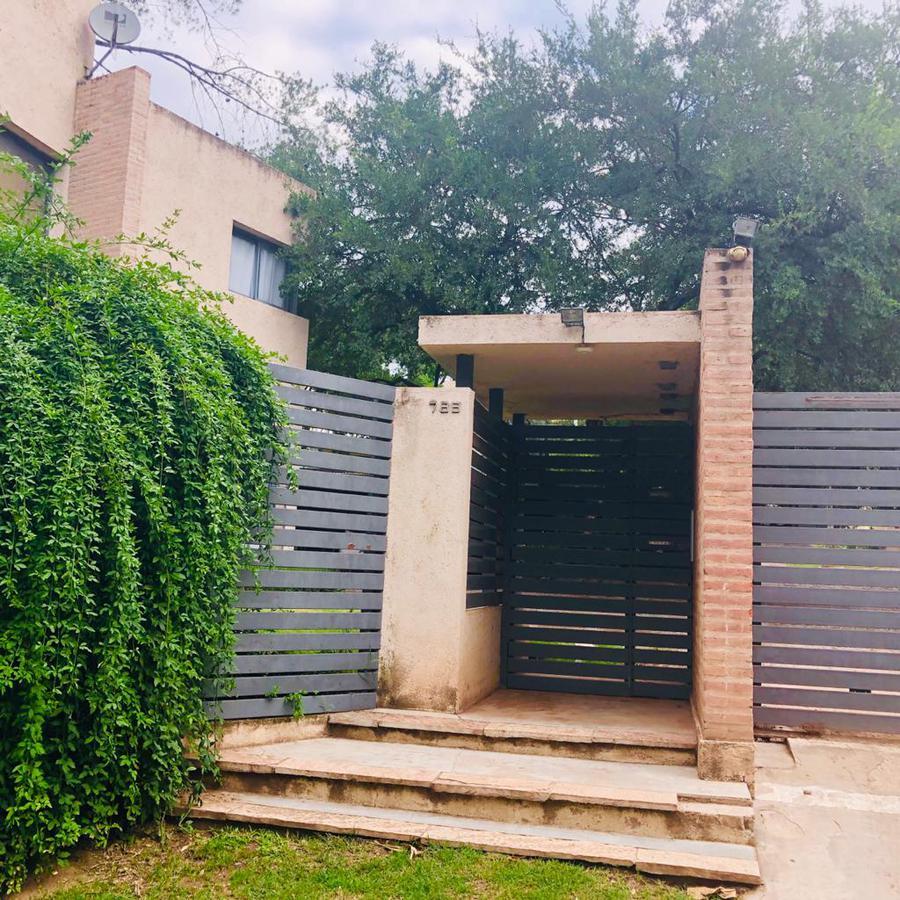 Foto Casa en Alquiler en  Villa Allende,  Colon  DUPLEX EN ALQUILER VILLA ALLENDE HOUSING LOS ARBOLES ALDEA