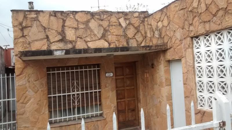 Foto PH en Venta en  Bella Vista,  San Miguel  Moreno al 200