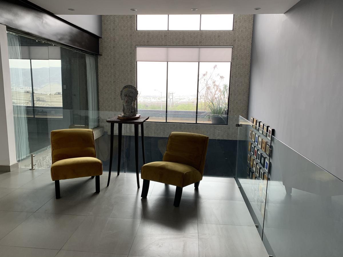 Foto Casa en Venta en  Cumbres MediterrAneo,  Monterrey  VENTA CASA CUMBRES MEDITERRANEO ELITE MONTERREY NUEVO LEÓN ALBERCA