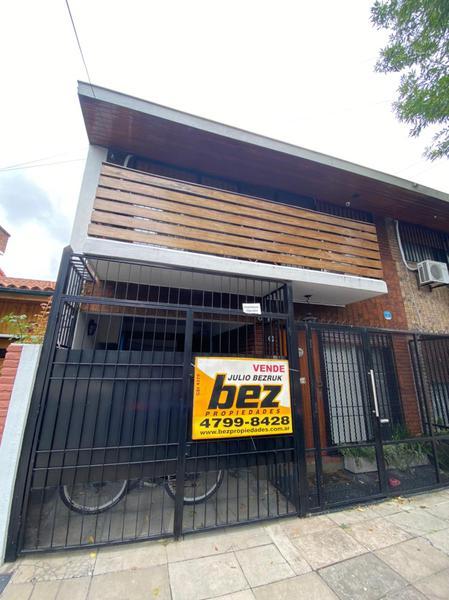 Foto Casa en Venta en  Olivos-Golf,  Olivos  Ruben Dario al 3300