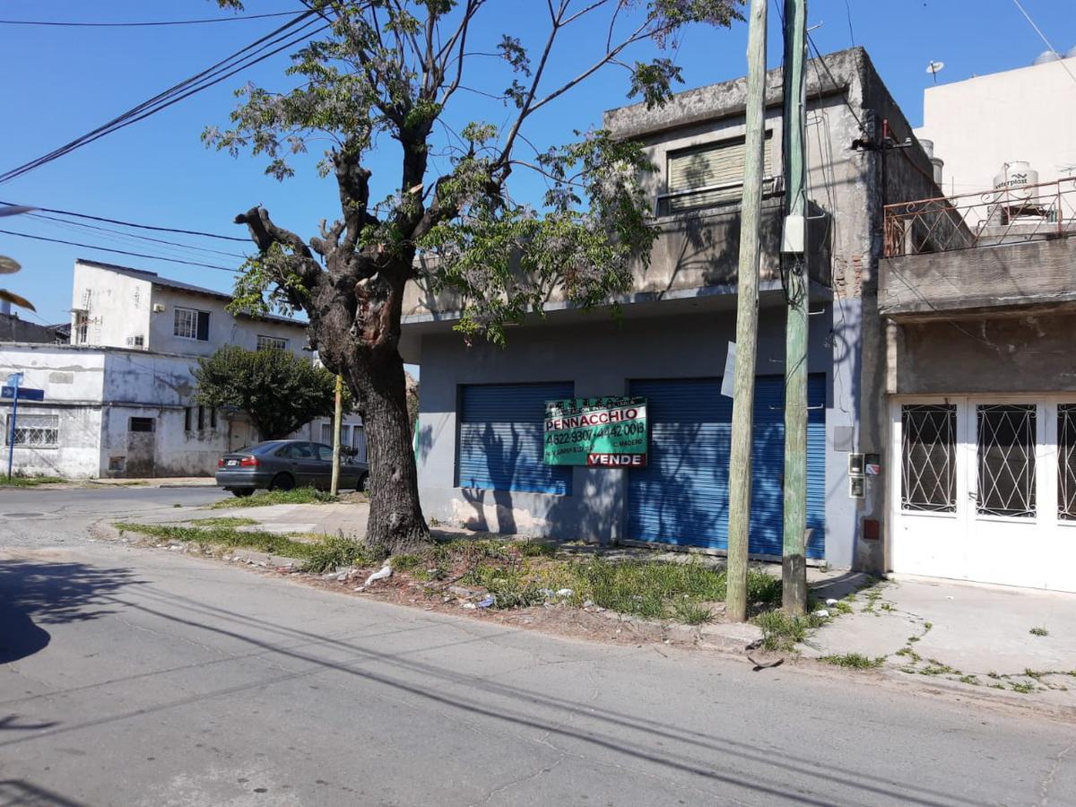 Foto Local en Venta en  Ciudad Madero,  La Matanza  Olavarría al 1300