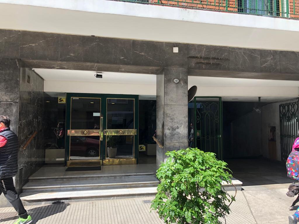 Foto Departamento en Alquiler en  Caballito ,  Capital Federal  Yerbal  al 800