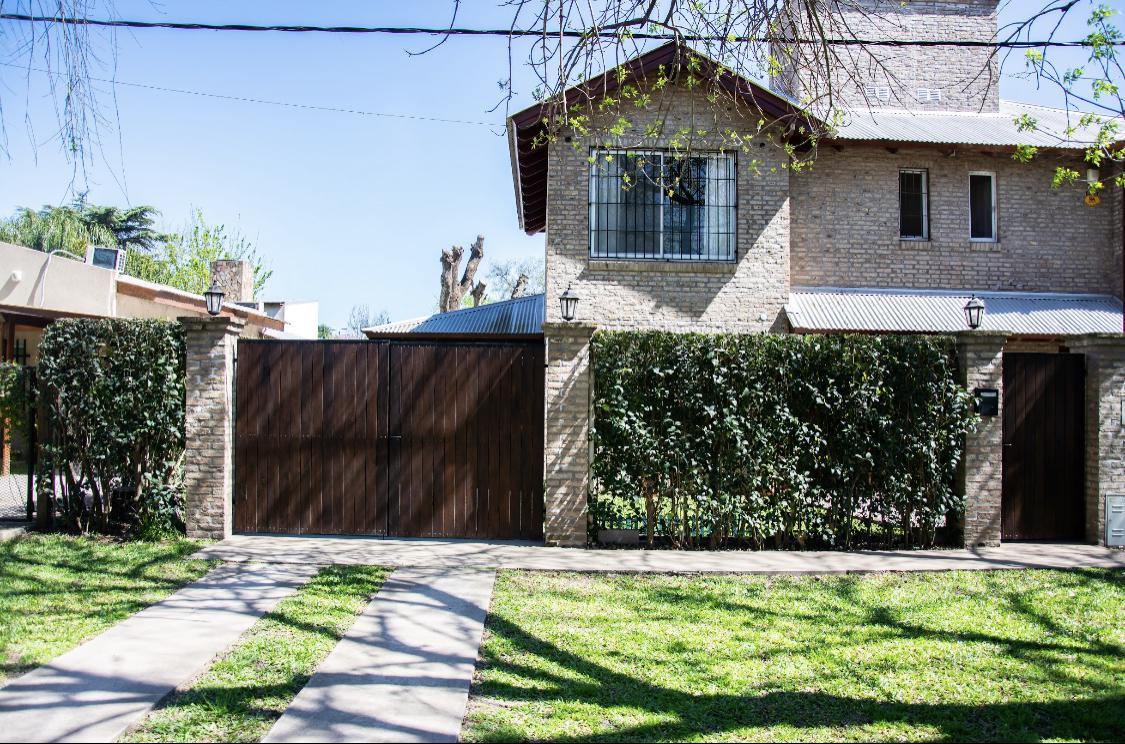 Casa 3 dormitorios en Venta - Garita 14, Funes
