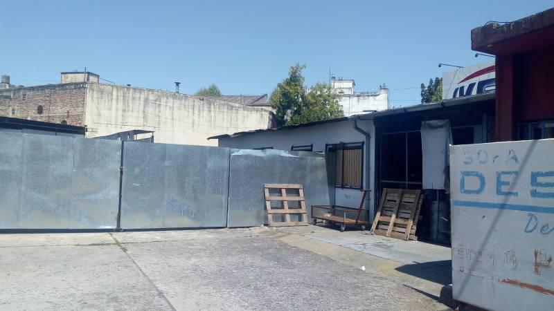 Foto Edificio Comercial en Venta en  Villa Luro ,  Capital Federal  Juan B. Justo al 8400