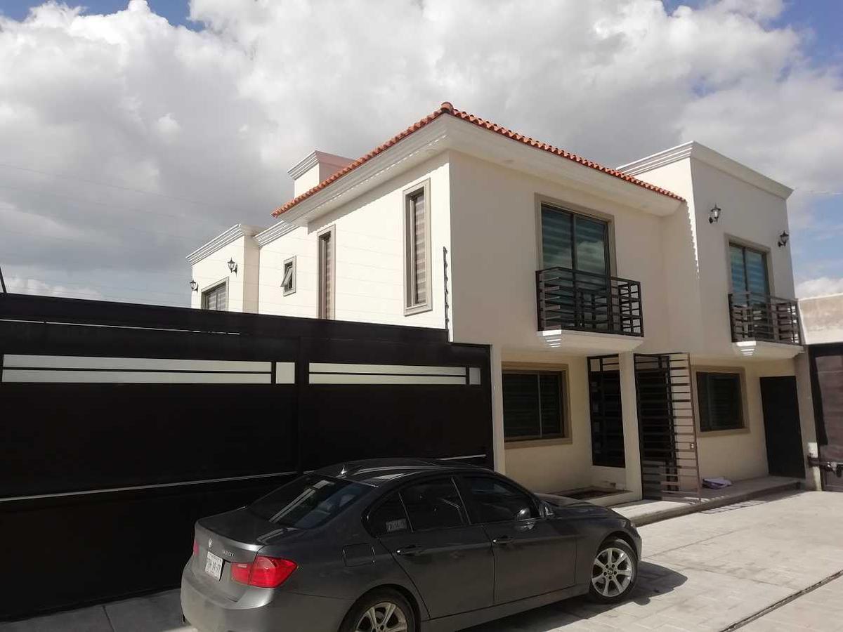 Foto Casa en Venta en  Cacalomacan,  Toluca  CASA EN VENTA  CALLE AMAZONAS , EJIDOS DE LA MACARIA , CACALOMACAN , TOLUCA MEXICO, C.P. al 50265