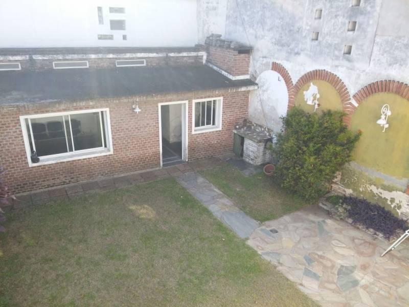 Foto Casa en Venta en  Rosario ,  Santa Fe  Zeballos al al 3900
