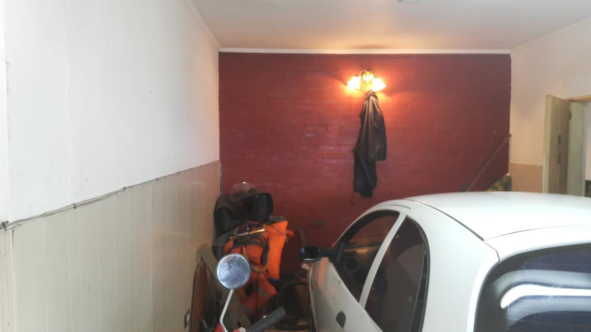 Foto Casa en Venta en  Ensenada,  Ensenada  calle 122 e/38 y 40