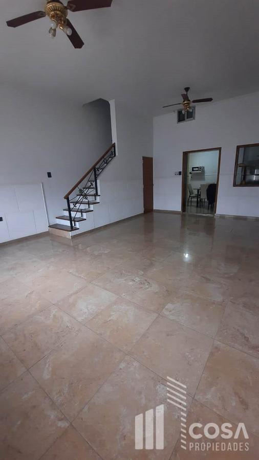 Foto Casa en Venta en  Azcuenaga,  Rosario  Santa Fe 5893