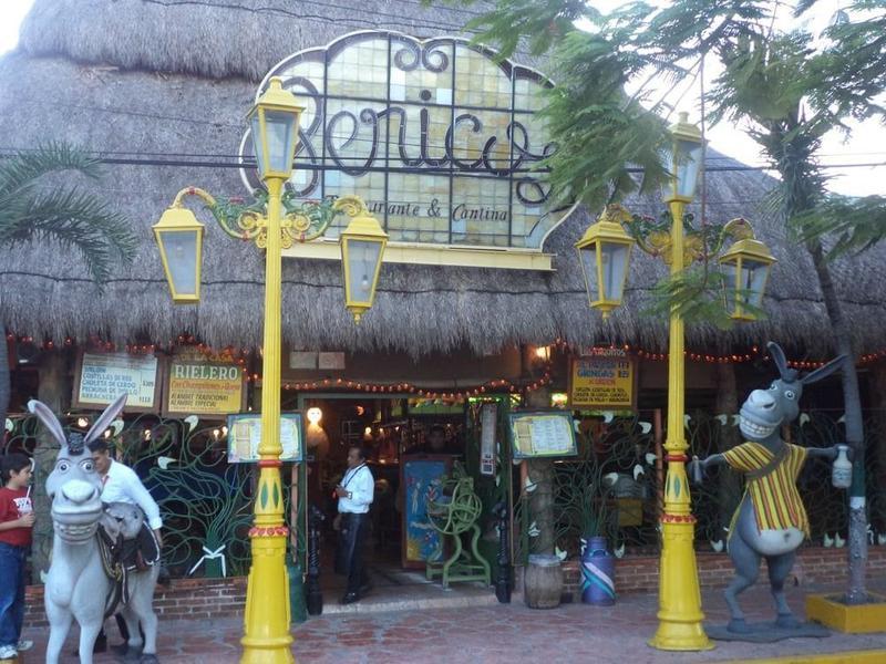 Foto Local en Venta en  Cancún Centro,  Cancún  LOCAL EN VENTA EN CANCUN EN EL CENTRO