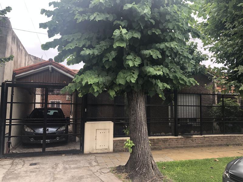 Foto Casa en Venta en  Villa Adelina,  Vicente López  JOSE MARIA MORENO al 2200