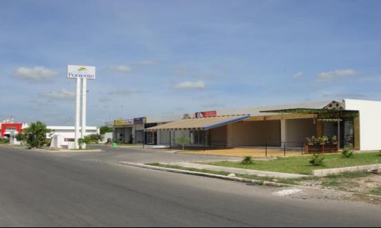Foto Local en Venta en  Fraccionamiento Paseos de Opichen,  Mérida  PLAZA PONIENTE REMATE