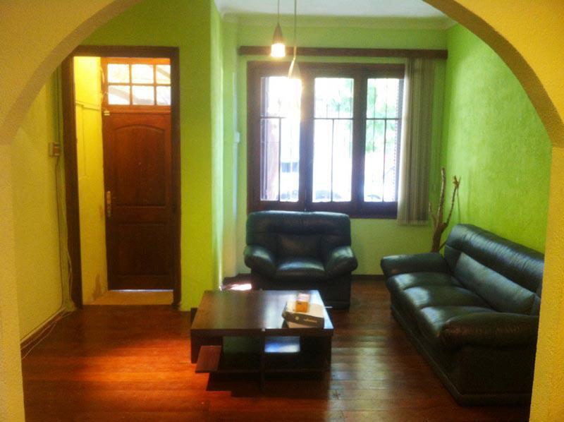 Foto Casa en Venta en  Pocitos ,  Montevideo  Casa en Pocitos - 3 dormitorios