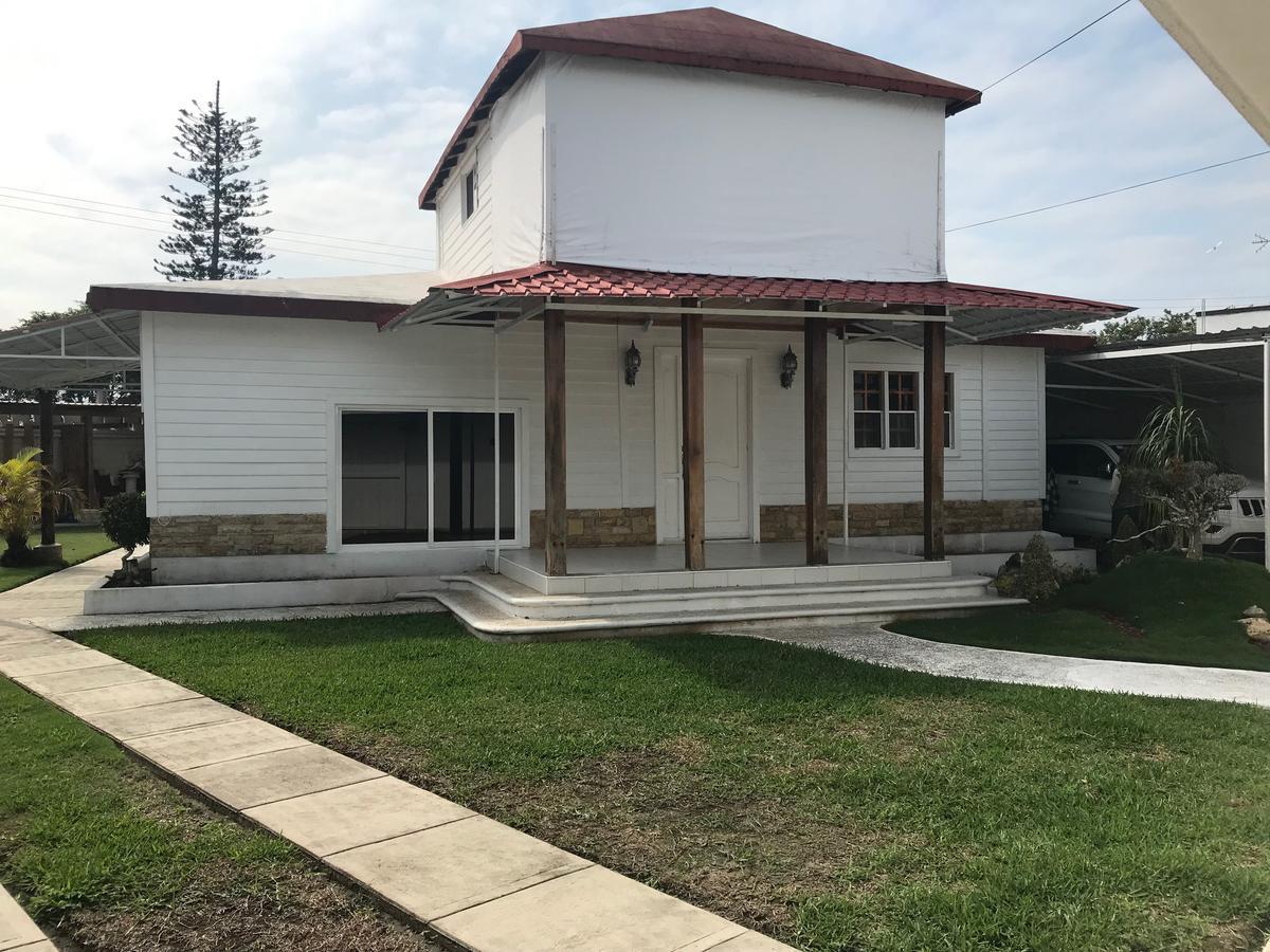 Foto Casa en Venta en  Tampamachoco,  Tuxpan  CASA EN VENTA ESTILO AMERICANO CERCA DE LA PLAYA