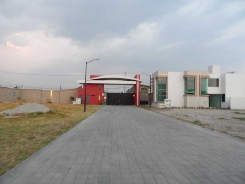 Foto Terreno en Venta en  La Providencia,  Metepec  TERRENO EN VENTA EN PROVIDENCIA