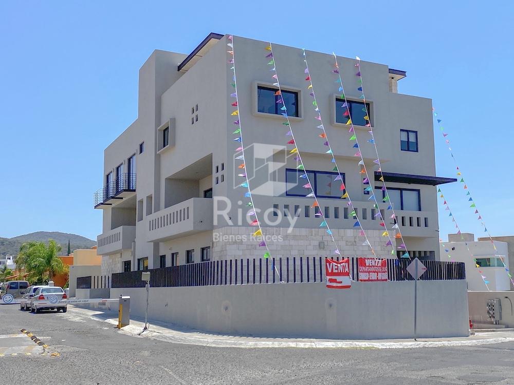 Foto Departamento en Venta en  Juriquilla,  Querétaro  Boulevard jurica la Campana al 1000