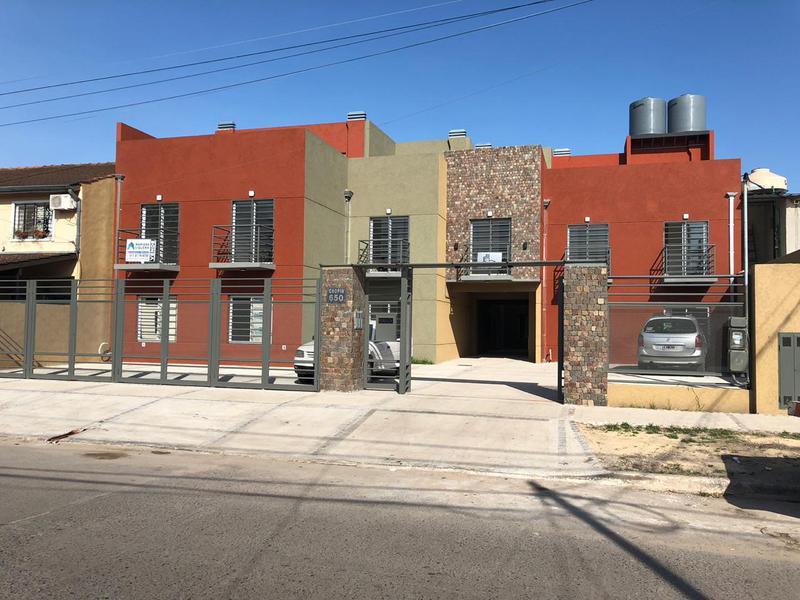 Foto Departamento en Alquiler en  Jose Clemente Paz ,  G.B.A. Zona Norte  Federico Chopin al 600