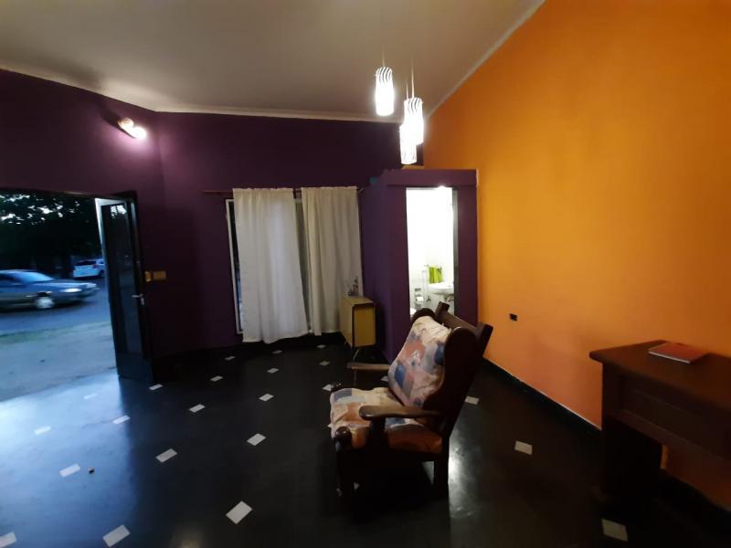 Foto Local en Alquiler en  La Plata ,  G.B.A. Zona Sur  34 esq 21