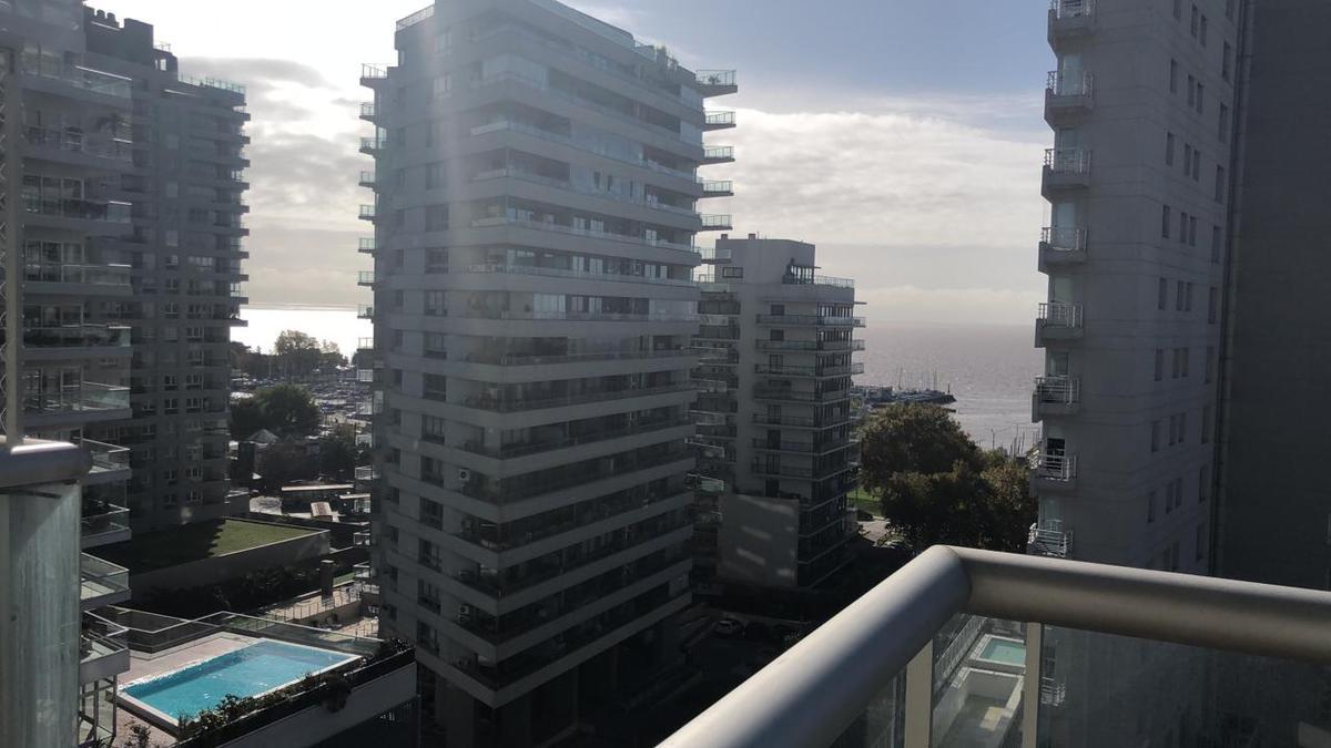 Foto Departamento en Alquiler en  Olivos-Vias/Rio,  Olivos  Corrientes al 400