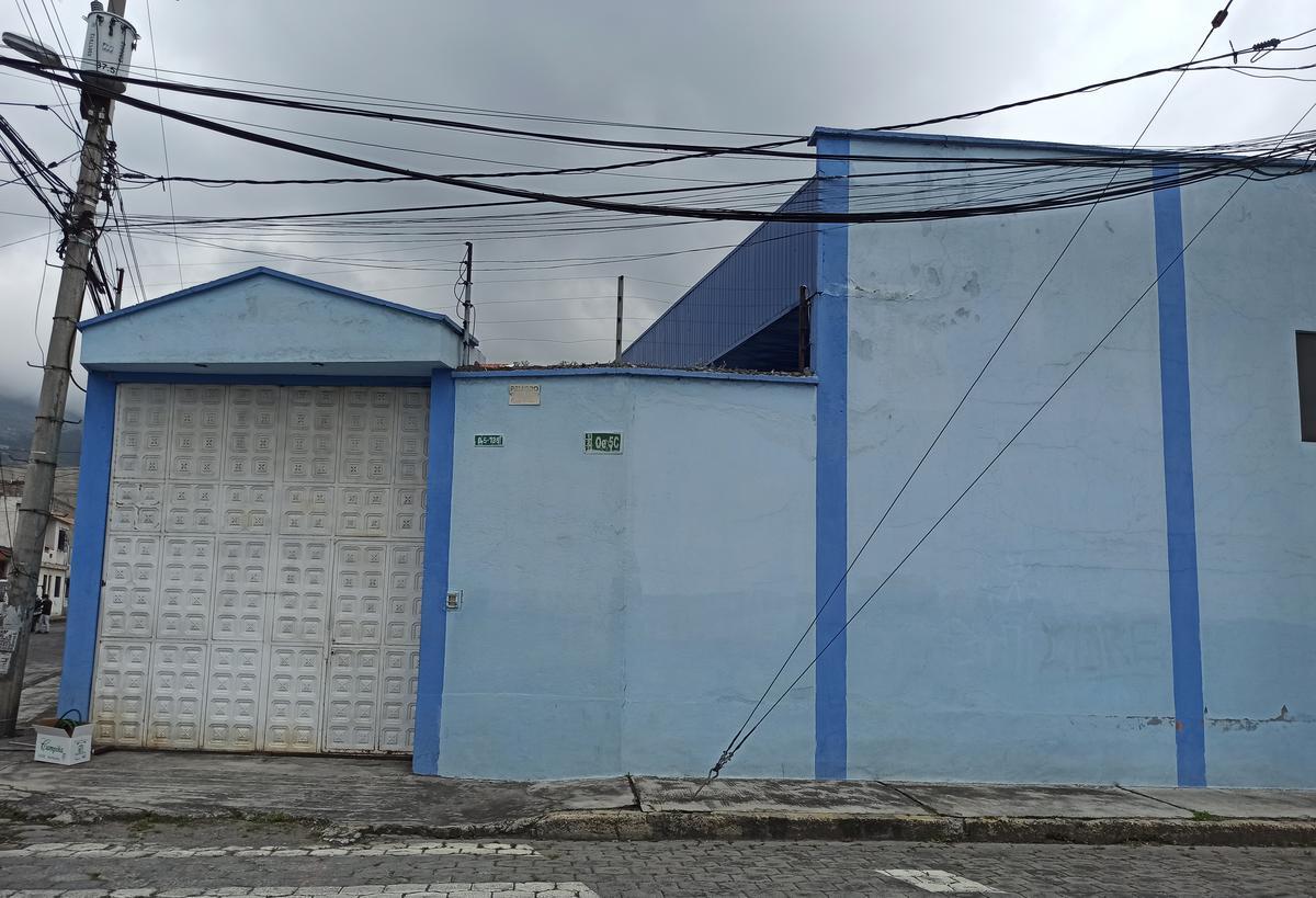 Foto Galpón en Venta en  Sur de Quito,  Quito  Solanda