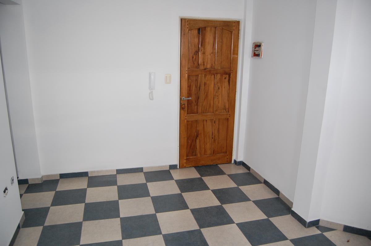 Foto Departamento en Alquiler en  Villa Ballester,  General San Martin  Formosa Nº 5605 3º C