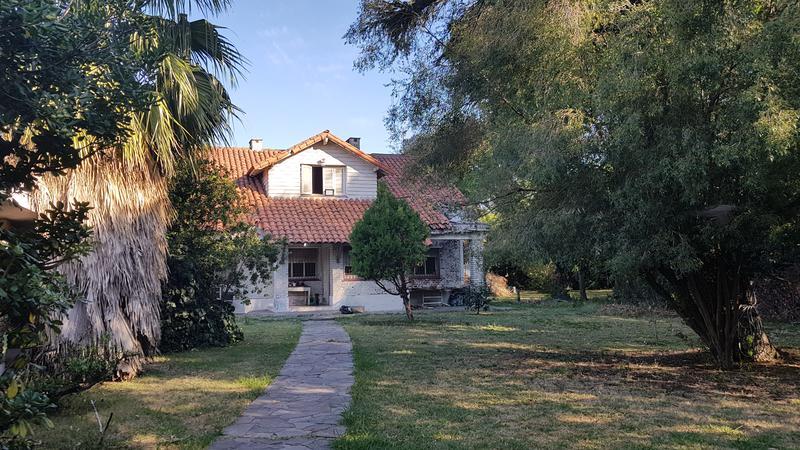 Foto Casa en Venta en  Adrogue,  Almirante Brown  Bouchard al 600