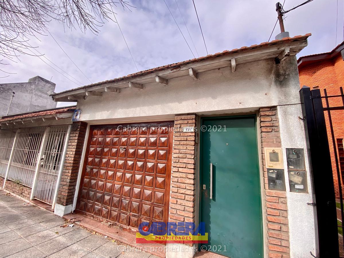 Foto PH en Venta en  Banfield Este,  Banfield  Castro Barros 571 Dto 3