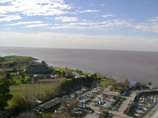 Foto Departamento en Alquiler temporario en  Olivos,  Vicente Lopez  Alberdi - Torre Regata