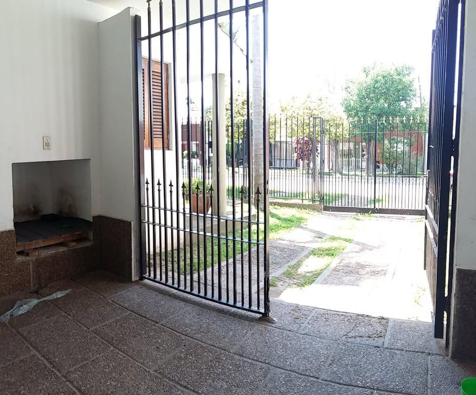 Foto Casa en Venta en  Guadalupe,  Santa Fe  Antonia Godoy al 6800