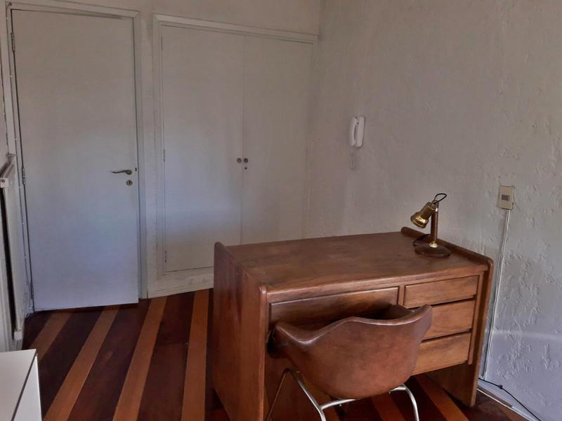 Foto Oficina en Alquiler en  Carrasco ,  Montevideo  Oficina 200m Arocena