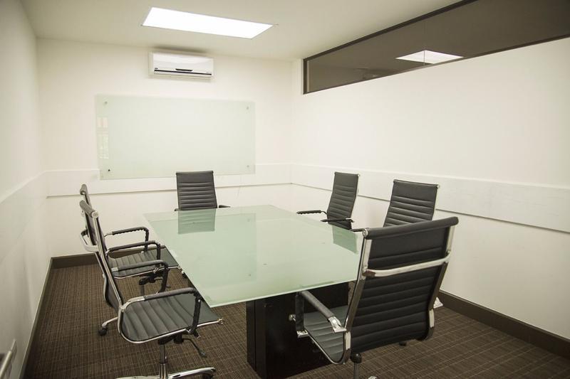 Foto Departamento en Renta en  Pozos,  Santa Ana  Apartamento con Línea Blanca y Jardín