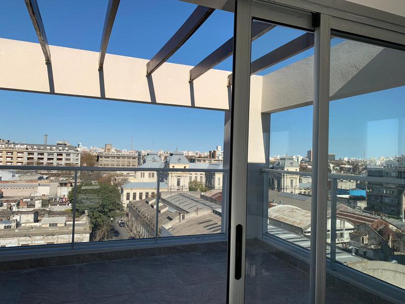 Foto Departamento en Venta en  Aguada ,  Montevideo  Entrega inmediata,  2 dormitorios con garage