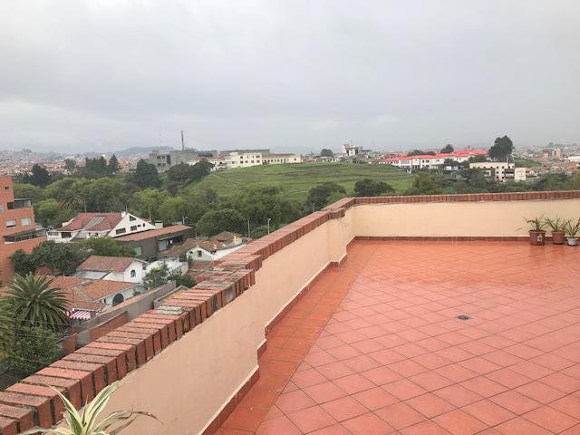 Foto Departamento en Venta en  Centro de Cuenca,  Cuenca  Chirimoyas