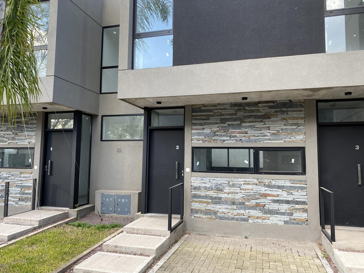 Foto Casa en Venta en  Adrogue,  Almirante Brown  Spiro al 600