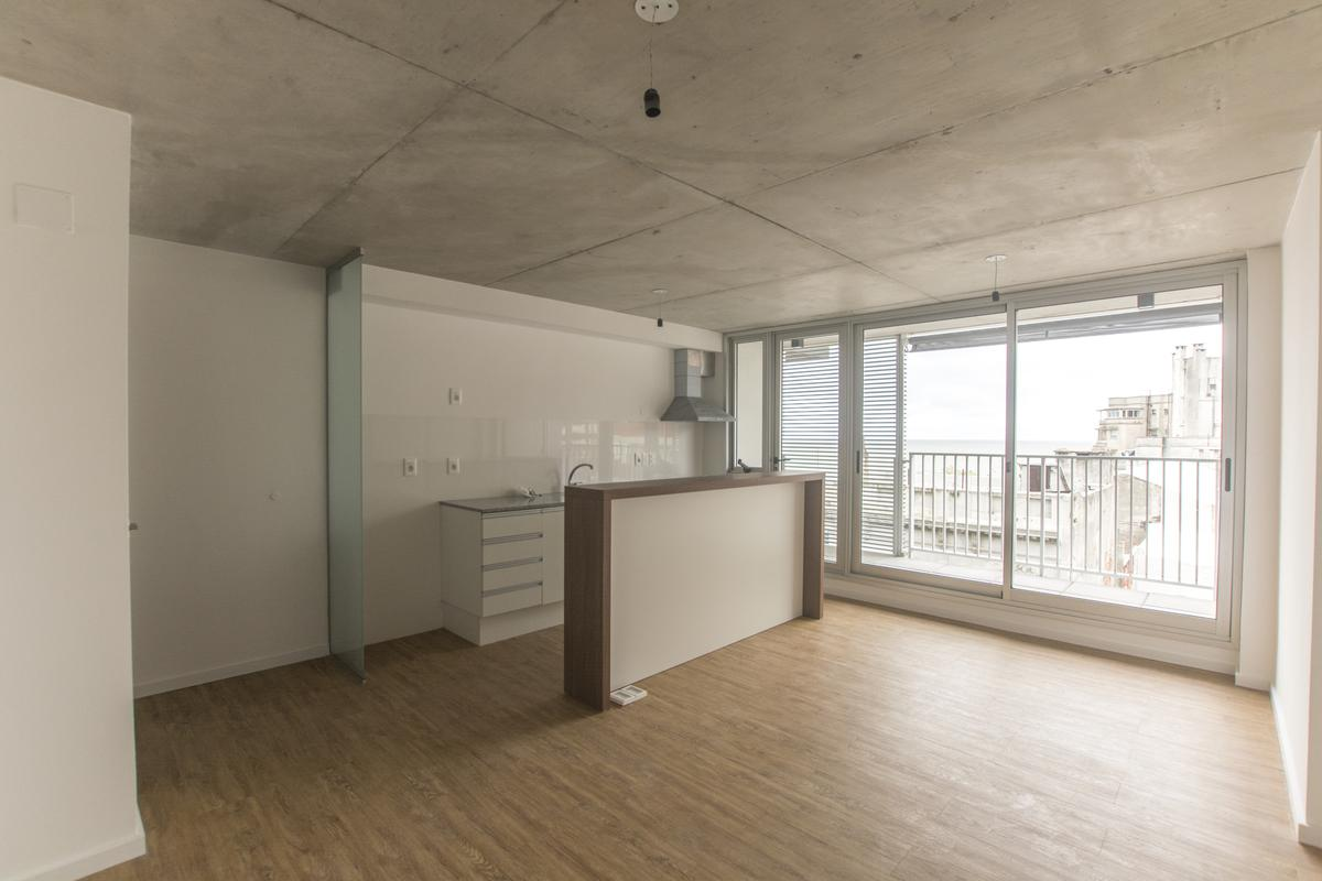 Foto Apartamento en Alquiler en  Barrio Sur ,  Montevideo  Maldonado al 800