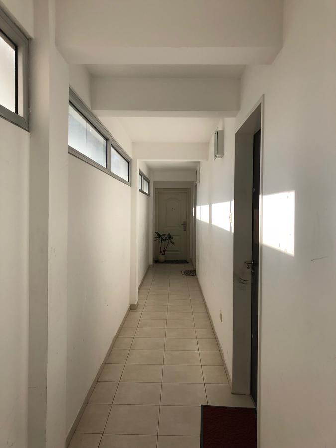 Foto Departamento en Venta en  Banfield,  Lomas De Zamora  Chacabuco N° 80