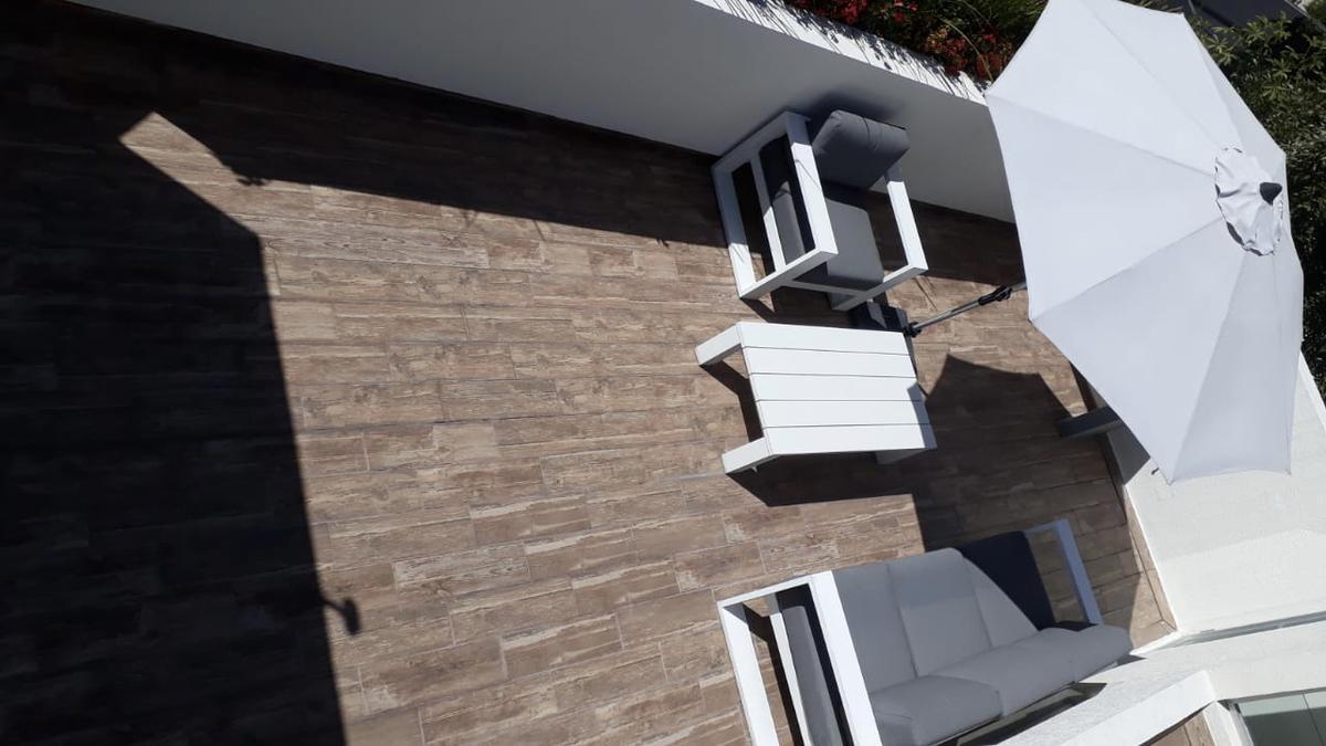 Foto Casa en Venta en  Cuajimalpa ,  Ciudad de Mexico  Moderna casa para estrenar.