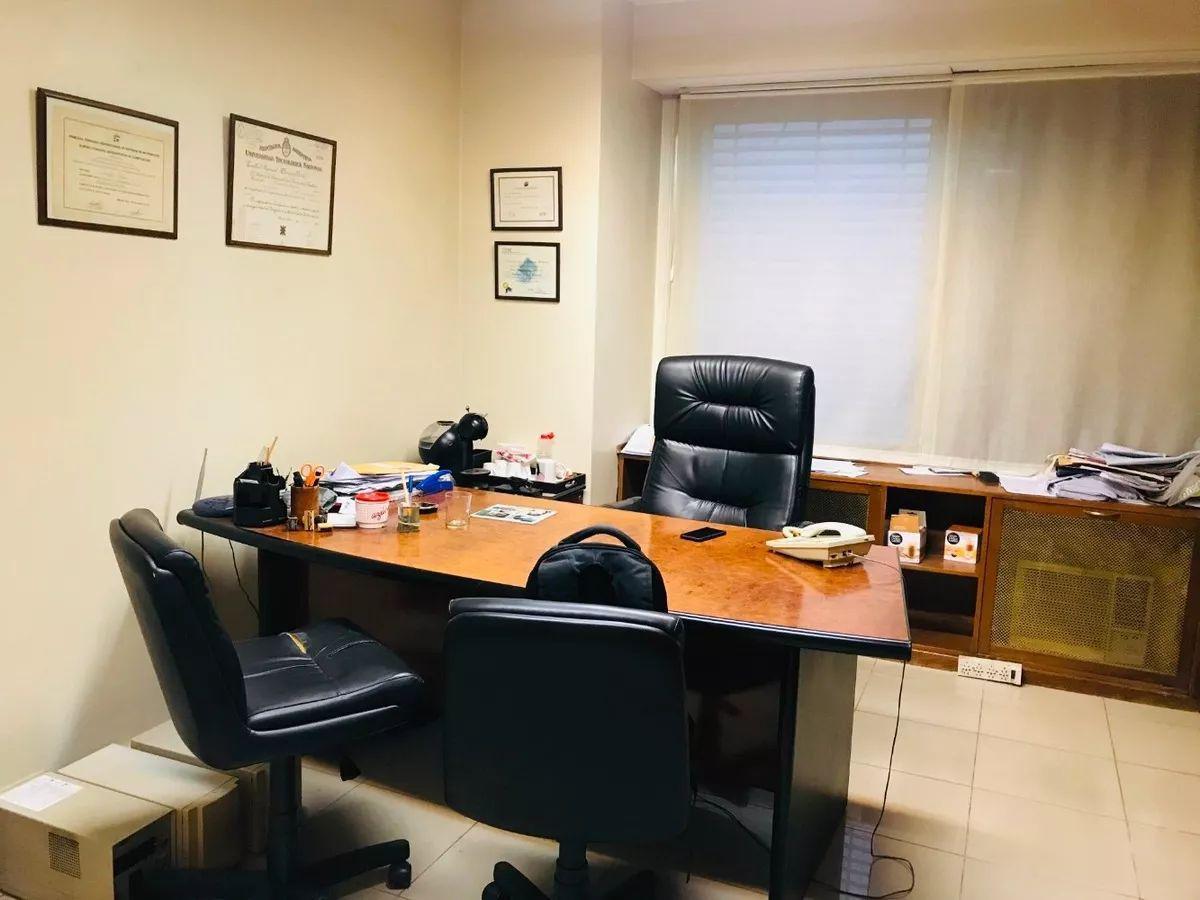Foto Oficina en Alquiler en  San Nicolas,  Centro  FLORIDA 1