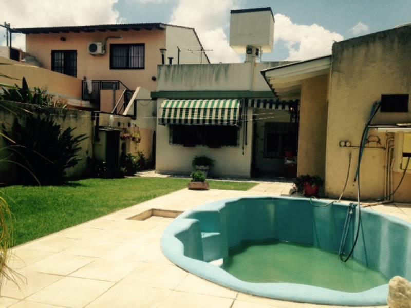 Foto Casa en Venta en  Bernal,  Quilmes  lavalle 1500