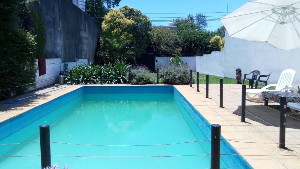 Foto Casa en Alquiler en Badaracco al 500, Argentina | G.B.A. Zona Oeste | Ituzaingó