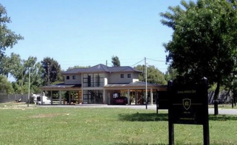Foto Terreno en Venta en  Ezeiza ,  G.B.A. Zona Sur  Barrio Privado Club Lomas (Barrio Links)