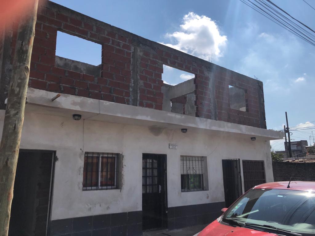 Foto Departamento en Venta en  B.Rivadavia,  Pontevedra  Miguel Zárraga al 2400