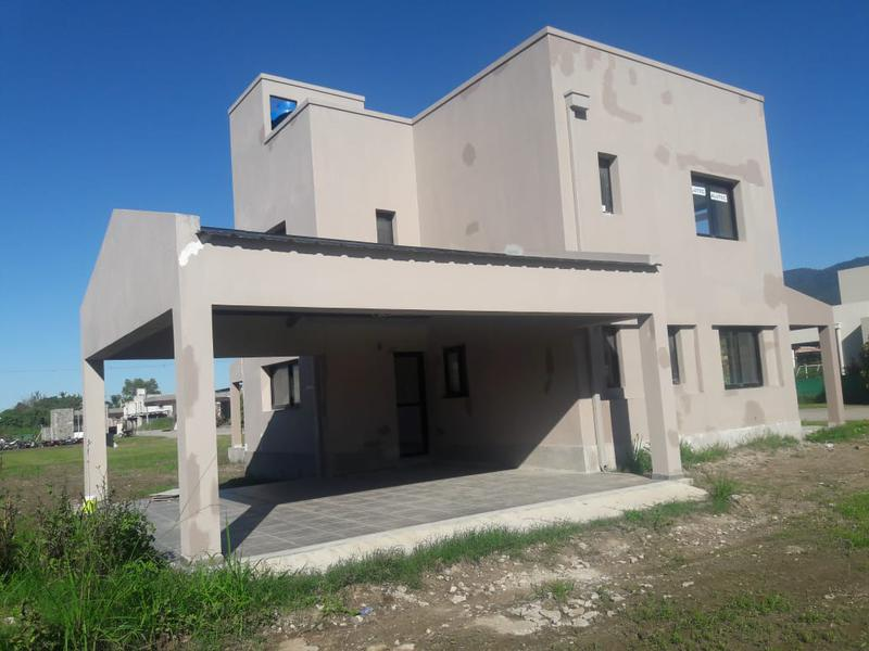 Foto Casa en Venta en  Yerba Buena ,  Tucumán  Barrio Privado El Divisadero