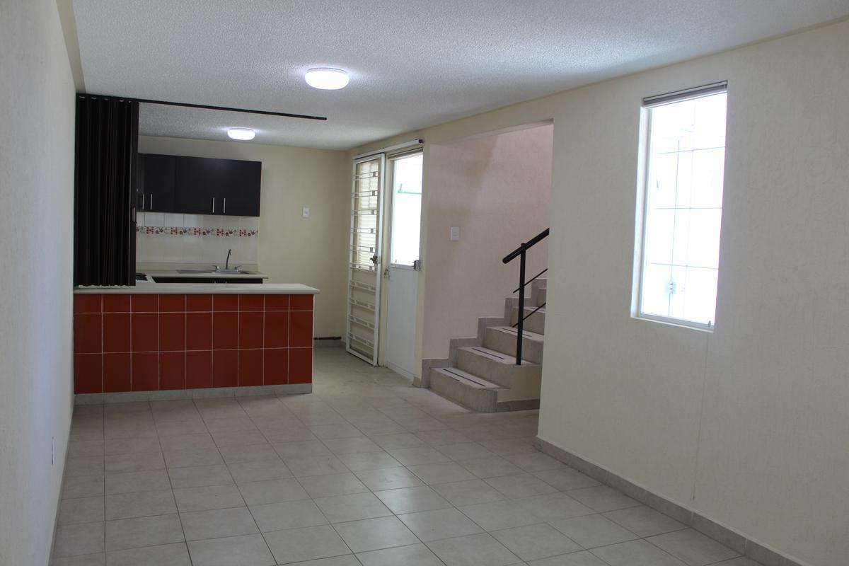 Foto Casa en condominio en Venta en  San Mateo Otzacatipan,  Toluca  VILLAS SANTORINI - 2a ETAPA!!