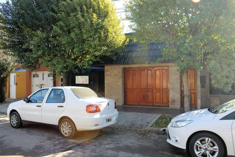 Foto Casa en Venta en  Granadero Baigorria,  Rosario  Sarmiento  320